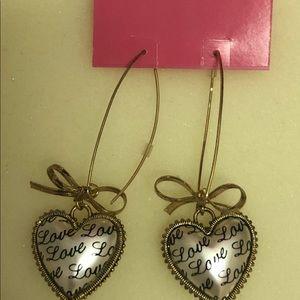 Betsy Johnson Heart earrings